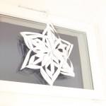 Weihnachtsbasteln mit zwei linken Händen: Die Schneeflocke